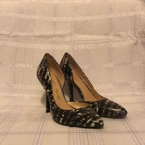 BCBG Paris PL-Jaze Pumps Snakeskin Black Ivory